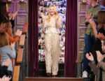 Elle Fanning Wore Philosophy Di Lorenzo Serafini On 'The Late Late Show With James Corden'