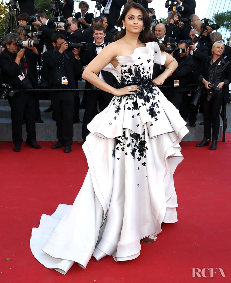Aishwarya Rai 2015 Youth' Cannes Film Festival Premiere in Ralph & Russo Couture