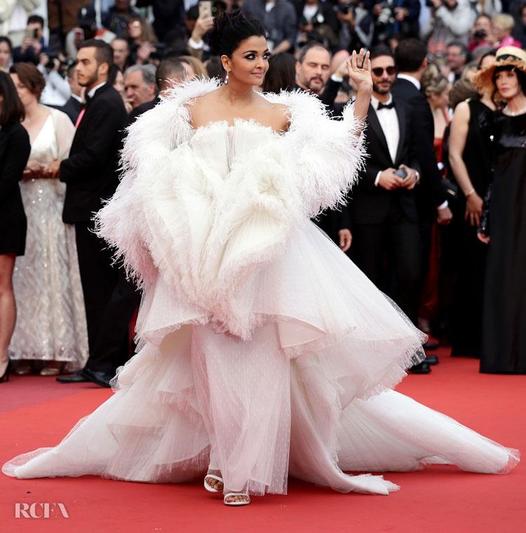 Aishwarya Rai 2019  'La Belle Epoque' Cannes Film Festival Premiere in Ashi Studio Haute Couture