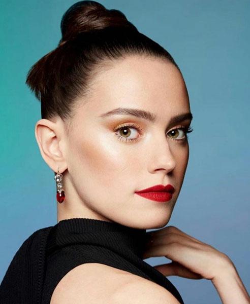 Daisy Ridley Wore Christopher Kane On Ru Paul's Drag Race