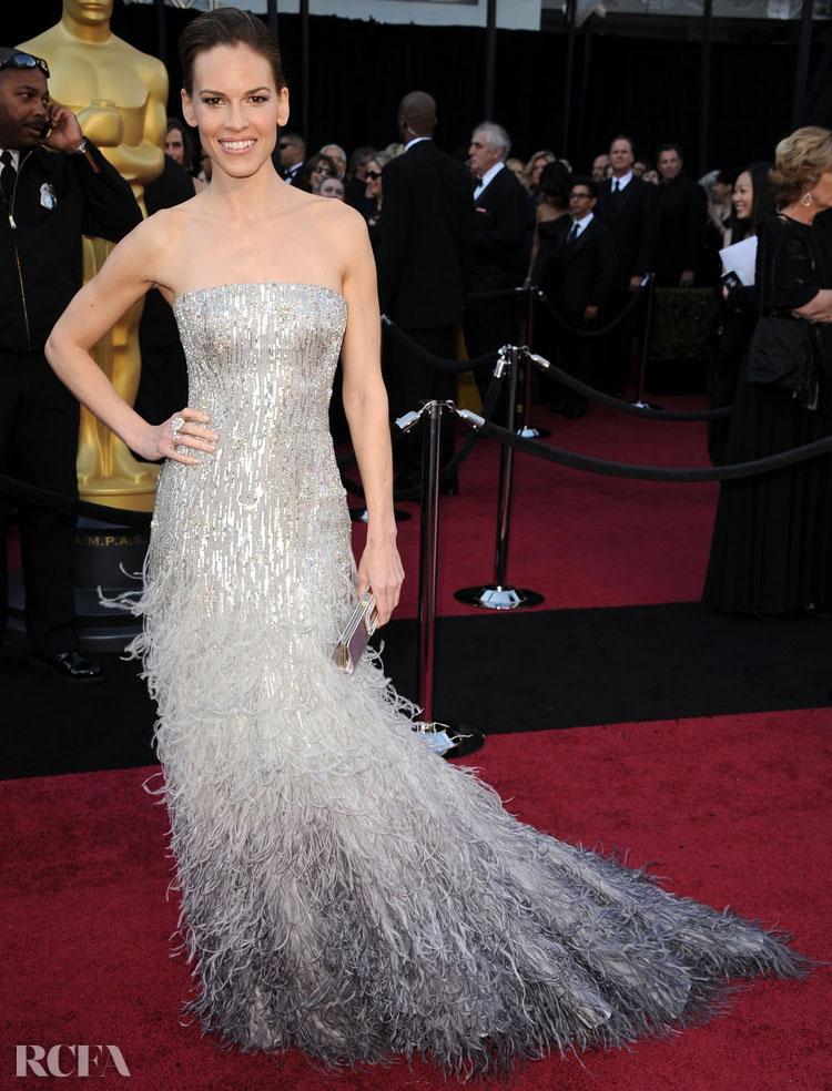 Hilary Swank In Gucci Première – 2011 Oscars