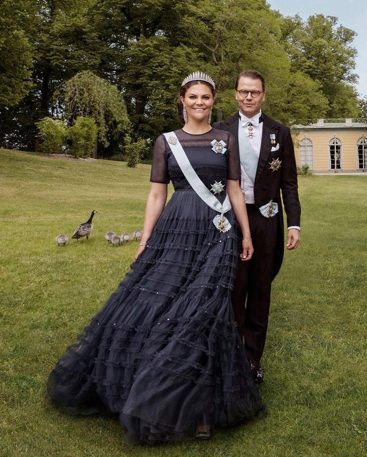 Crown Princess Victoria Of Sweden Celebrates Her 10th Wedding ...