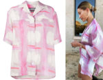 Hailey Bieber's Jacquemus Le Chemise Vallena Pink and White Shirt